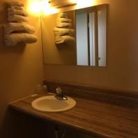 Deluxe Inn, hotel in Hebron
