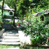 Flower Power Farm Village, hotel in Ko Phayam
