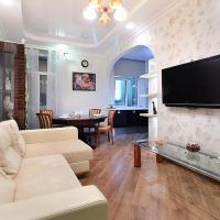 Art Deco Apartment on Kyrova 5, hotel in Vitebsk