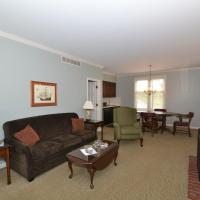 Century Suites Hotel, hotel in Bloomington