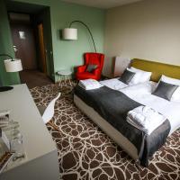 Hotel Bassiana, hotel Sárváron