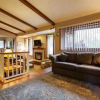 Coles Bay Vacation Retreat, hotel a North Saanich