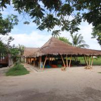 Layar Beach Bungalow, hotel in Gili Layar