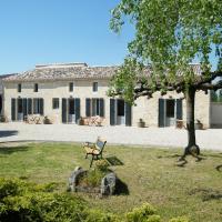 Clos Vieux Rochers Vineyard, hôtel à Puisseguin