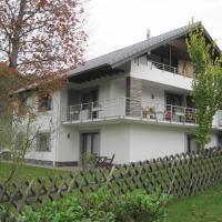 Ferienwohnung Iris Schumacher, hotel in Einruhr