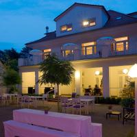Villa Ettel, hotel in Bad Saarow