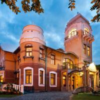 Luxury Art Nouveau Hotel Villa Ammende, Hotel in Pärnu