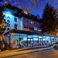 Aqua Hotel, отель в Дьюле