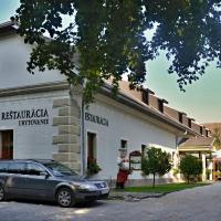 Penzion pri Kastieli Betliar, hotel in Betliar