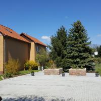 FeWo Schütz, Hotel in Langewahl