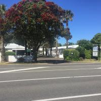 Edgewater Motel, hotel in Orewa