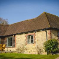 Cowdray Holiday Cottages, hotel in Midhurst