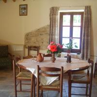 Aristos Houses, hotel in Kalavasos