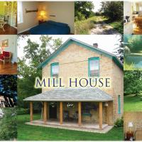 6-Bedroom Mill House Cottage by the Falls, hotel em Port Albert
