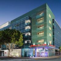 Hampton Inn & Suites Santa Monica