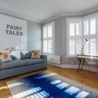 Veeve - Clapham Fairytale