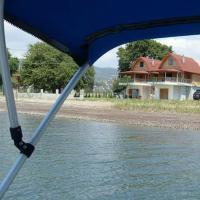 Spilidis House, отель в городе Karavómilos