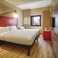 Ibis Istanbul Tuzla Hotel, hotel in Tuzla