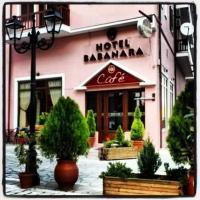 Hotel Babanara, hotel in Pýli