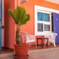 La Madrague-Surf Beach Sea, hotel in Dakar