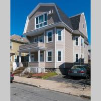Entire 3-Bedroom Apartment Close To Boston and City Center
