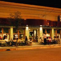 Hotel Ideal Resto Bar, hotel en Río Colorado