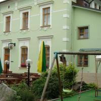 Hotel Krakonoš, hotel in Trutnov