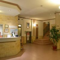 West Plaza Malakal, hotel in Koror