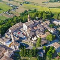 Albergo Diffuso Borgo Montemaggiore, hotell i Montemaggiore al Metauro
