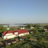 Rybolovny Klub Mesto Vstrechi, hotel in Zavolzhskoye