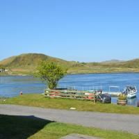 Sunnybrae, Isle of Luing - Families and Couples Only, hotel in Cullipool