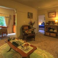 Hillview Oak B&B, hotel in Lankeys Creek