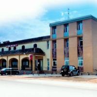 Hostal Vera, отель в городе Carlet