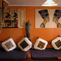 Global Village Travellers Lodge, hotel in Greymouth