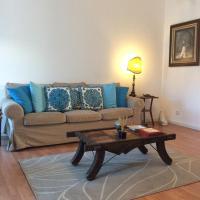 Marina Lounge Home