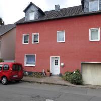Ferienwohnung Pecere, hotel in Scheuerfeld