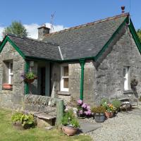 Trevenek Cottage, hotel in Kilmartin