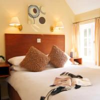 Tumbling Weir Hotel, hotel in Ottery Saint Mary