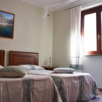 Hotel da Paolino, hotell i Trinità d'Agultu