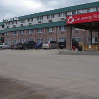 Causeway Bay Hotel, hotel em Sparwood (British Columbia)
