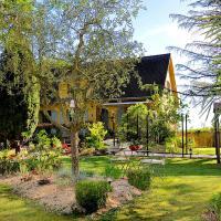 Au Jardin de Lisa, hotel in Cherreau