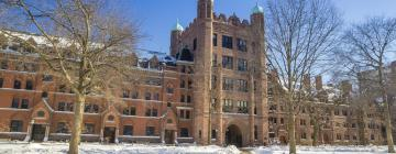 Hotels near Yale University