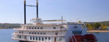 Hotels near Showboat Branson Belle