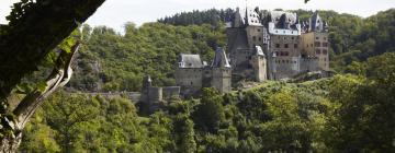 Hotels near Castle Eltz