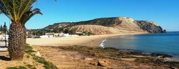 Hotéis perto de Praia da Luz