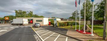 Hotels near Hartshead Moor Services M62