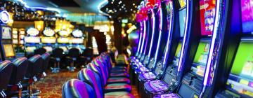 Hotels near Hollywood Casino St. Louis