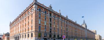 Выставочный комплекс Tour & Taxis: отели поблизости