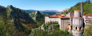 Hotels near Sanctuary of Arantzazu
