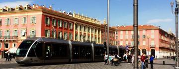 Hoteluri aproape de Piața Masséna